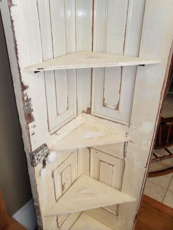 Новая жизнь старых дверей своими руками фото