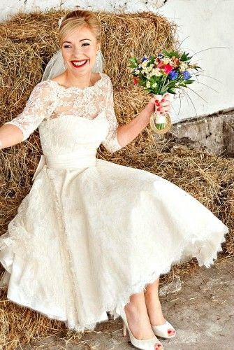 Retro Wedding Dress - 25 Adorable Dresses for a Fun, Retro Style…
