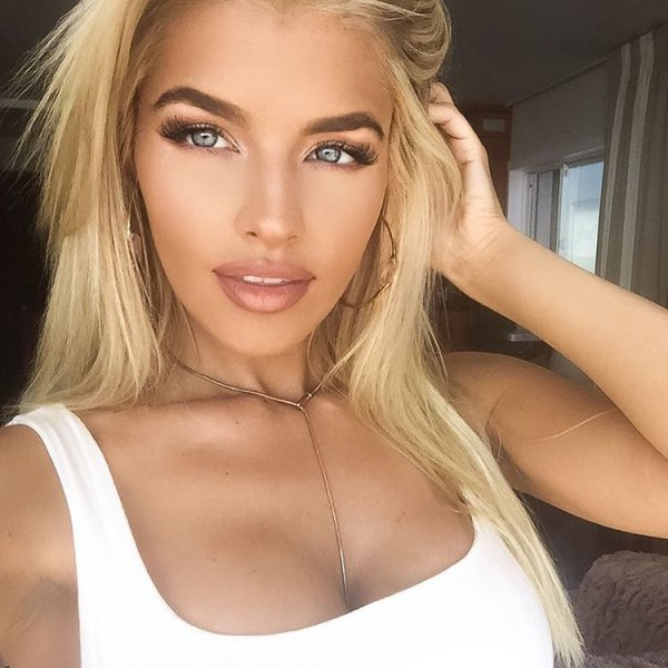 hair, human hair color, face, blond, eyebrow,