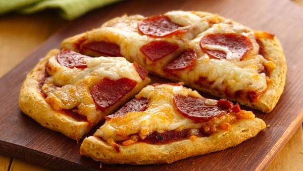 A slice of pizza is a meal that many people look forward to on a regular basis, but eating the same style of pizza can get a bit boring. Instead of your usual pizza crust, you can try biscuit dough for a flaky texture and alternate flavor. Biscuit dough is as versatile as traditional pizza crust, so Founded: Jun 17,