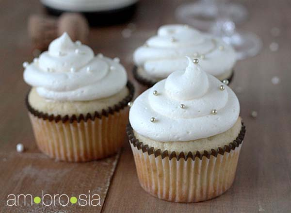 ... cupcake, check out this wonderful #recipe for champagne cupcakes