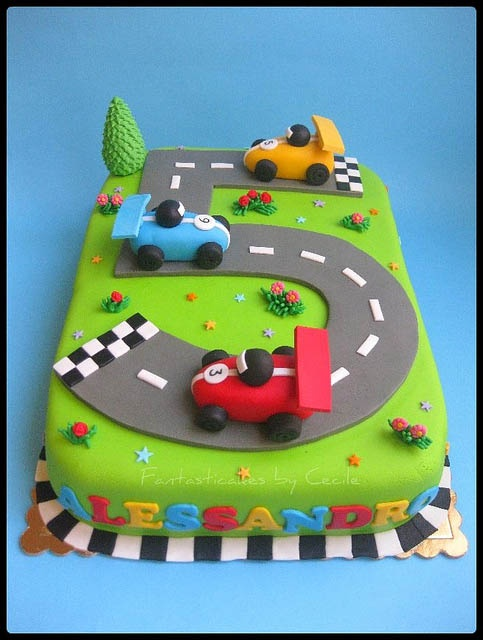 Cake Design For 5 Year Old Boy : Cars? - 7 Amazing Birthday Cakes You ll Want to Try ... ?