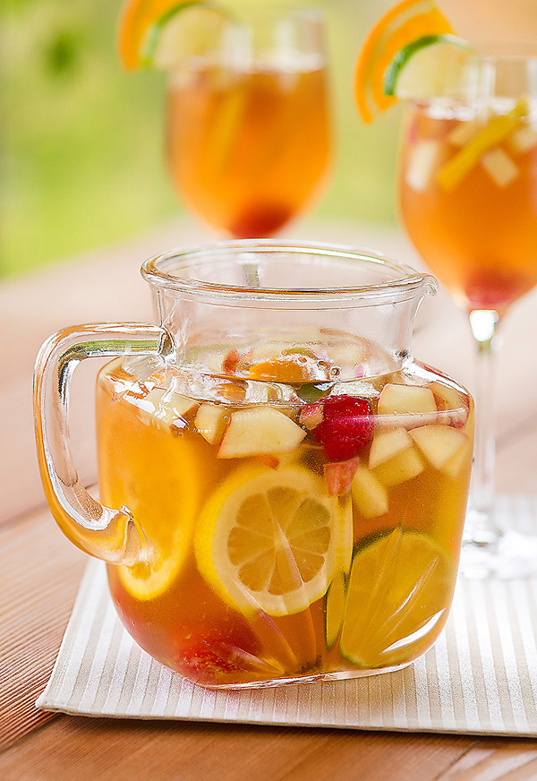 Virgin White Sangria - 9 Tasty Low-cal Cocktails for Summer ... …