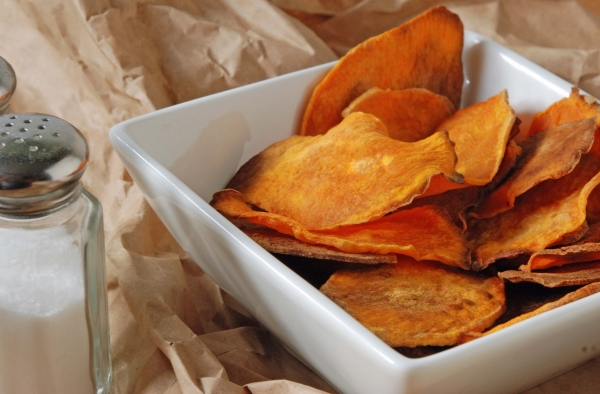 Baked Sweet Potato Chips - 7 Amazing Snacks for Your Little One…