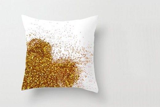 DIY Glitter Throw Pillow