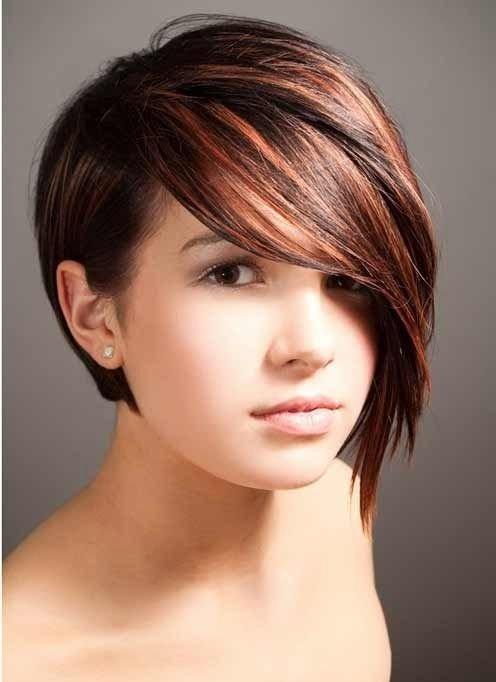 Graduated bob 27 flattering hairstyles for round faces graduated bob urmus Gallery