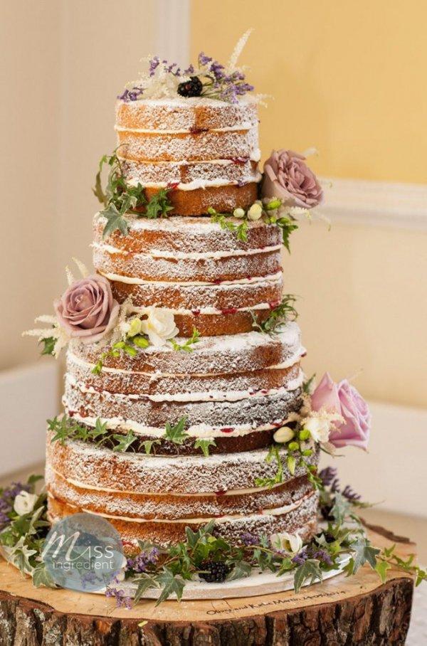 wedding cake,cake,buttercream,food,icing,