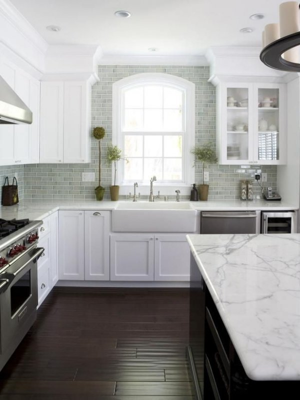 White with Mint Backsplash