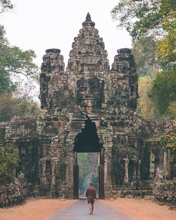 Angkor Thom, North Gate, temple, ancient history, building,