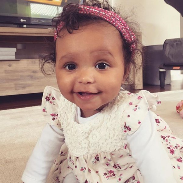 facial expression, pink, clothing, person, infant,