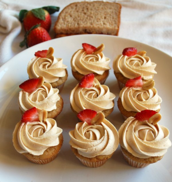 Peanut Butter and Jelly Cupcakes - Palate-Pleasing Recipes That…