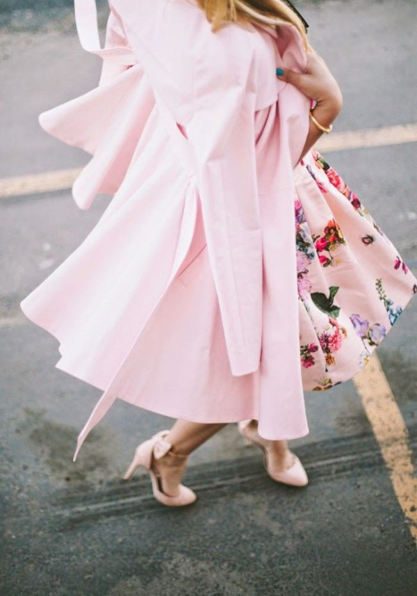 pink,clothing,dress,costume,outerwear,