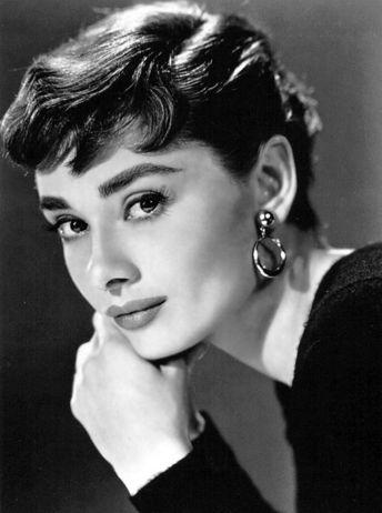 Pixie Cut Audrey Hepburn Hepburn's pixie