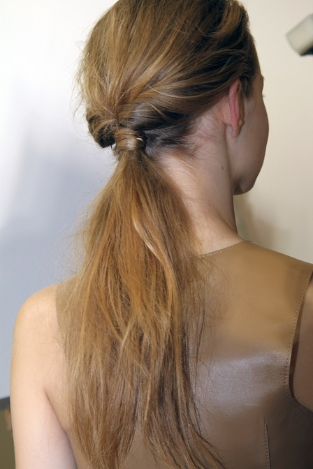 Knotted Ponytail - 7 Creative Ways to Wear a Ponytail ... …