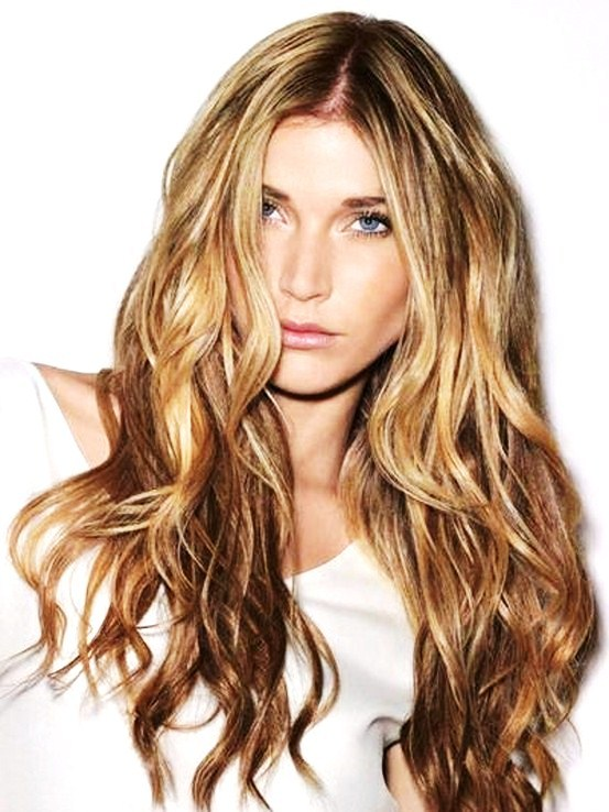Natural Wave - 7 Gorgeous Hairstyles for Women over 40 ...