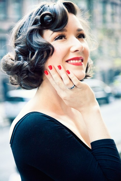 Retro Pin Up Girl Waves 7 Amazing Styles For Curly Hair