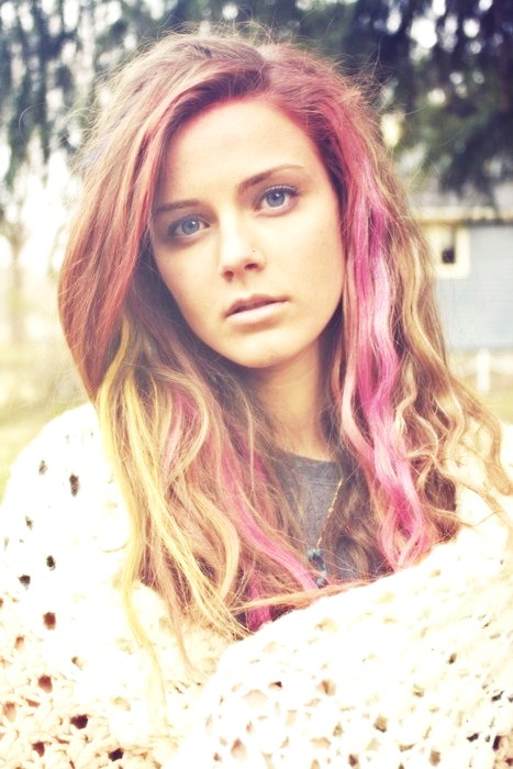 Pink Streaks 7 Radical Trendy Hair Style Changes To