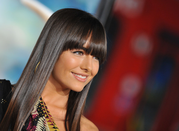 Blunt Bangs 20 Ideas For Long Sexy Hair Hair