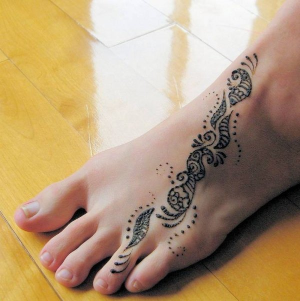 Mehndi Tattoo For Foot : Cute henna designs you ll want to try inspiration