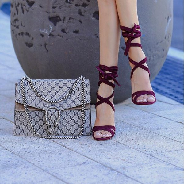 footwear, clothing, shoe, high heeled footwear, leg,