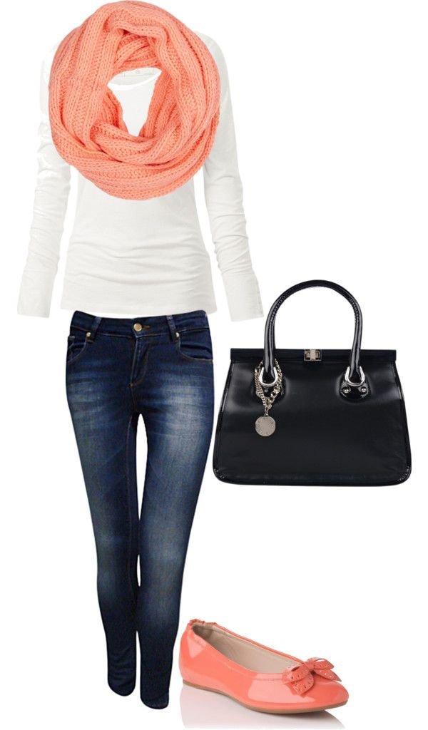 clothing,handbag,fashion accessory,footwear,leather,