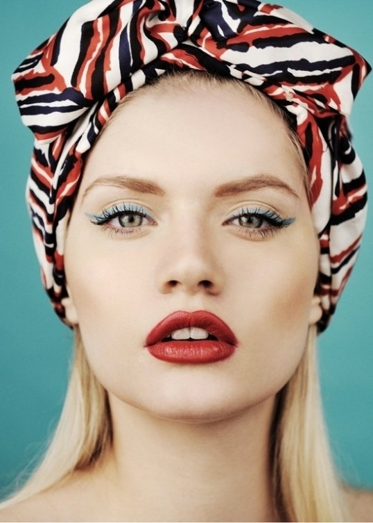 7 Tips to Follow when Wearing Red Lipstick ... → 💄 Makeup