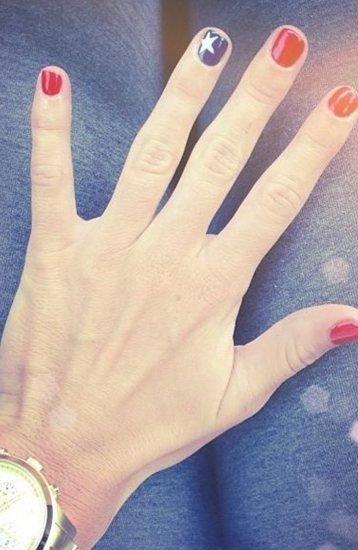 finger,nail,hand model,hand,pattern,