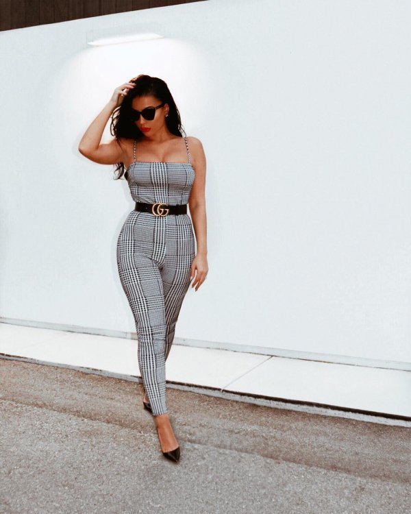fashion model, shoulder, joint, waist, supermodel,