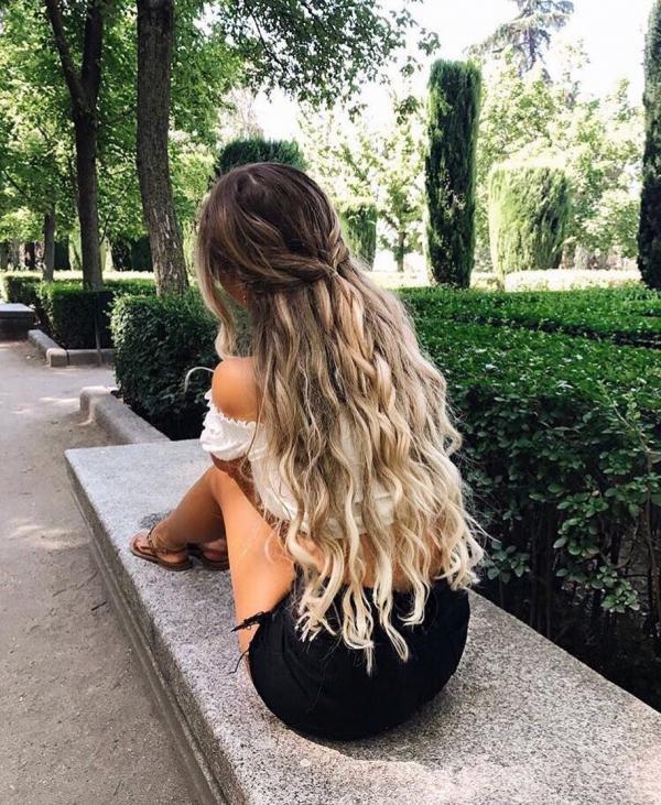 hair, human positions, hairstyle, long hair, sculpture,
