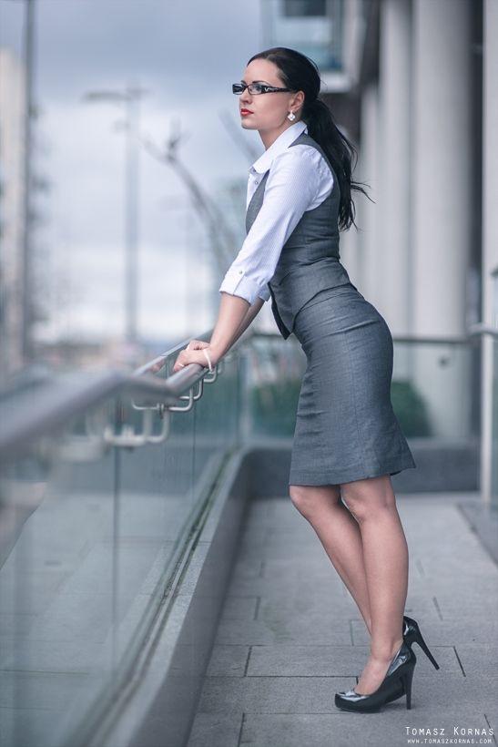 37. Sexy Secretary - Ways To Wear A Button Down Like A Style Mavenu2026