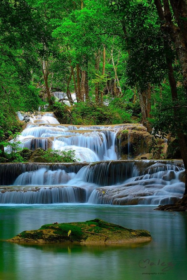 55 Awesome Waterfalls around the World ... Travel