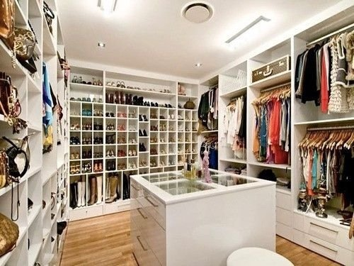 Bedroom turned into a walk in closet 52 dream closets we Walk in bedroom closets