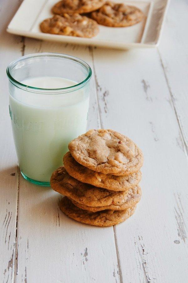 Hazelnut milk, made like any other nut-based milks, is a new milk ...