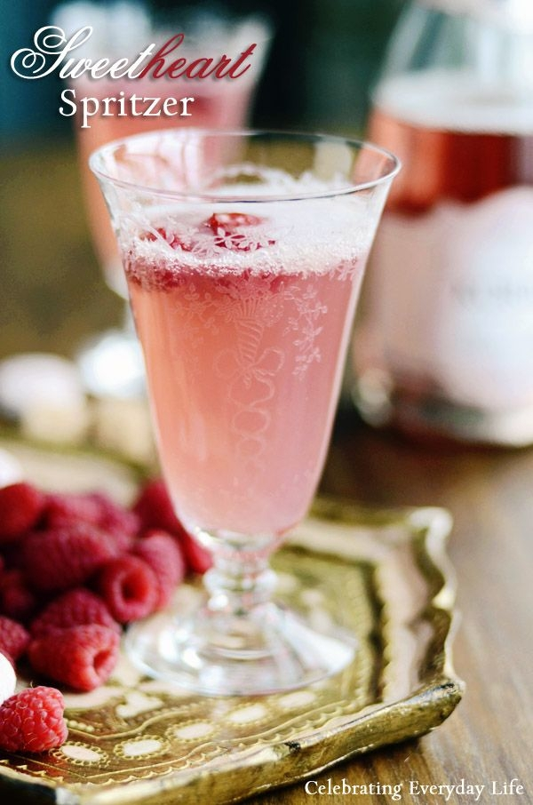 Valentine Cocktail Recipes: 37 Valentine's Day Cocktails For
