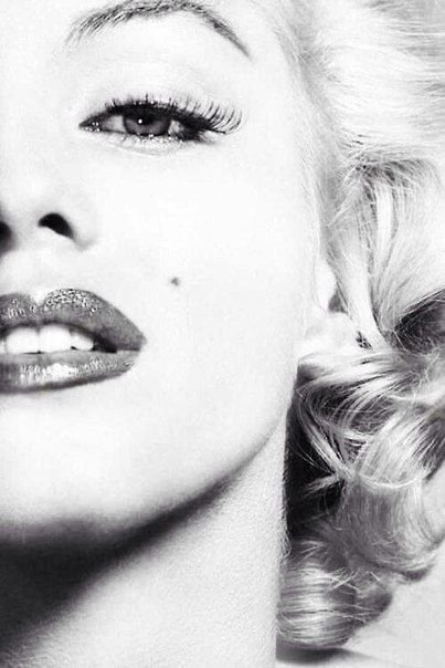 Marilyn Monroe Close up