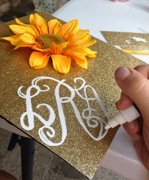 5 Glitter And A Monogram 7 Diy Graduation Caps Your