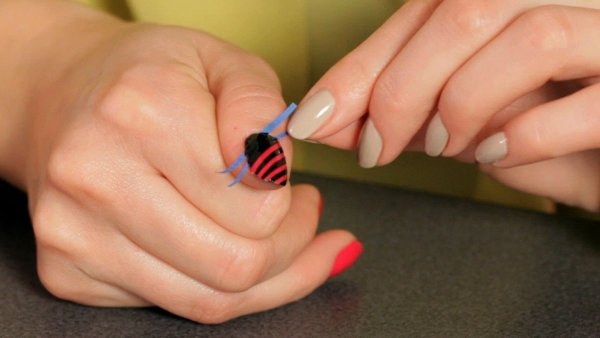 Paint Designs on Nails