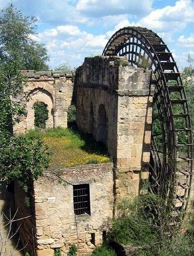 54 Still Beautiful Abandoned Buildings Around The World