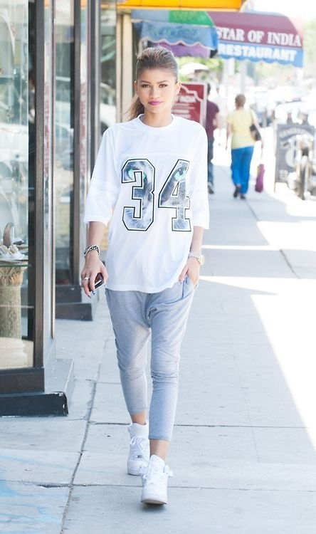 Cool and fashionable street style