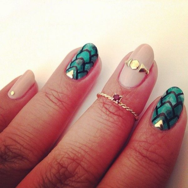 248 Creative Nail Art Designs For Girls Looking To Up: The 30 Best Dragon Nail Art Designs In The