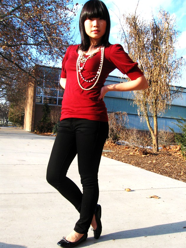 How to Wear Pearls with Jeans