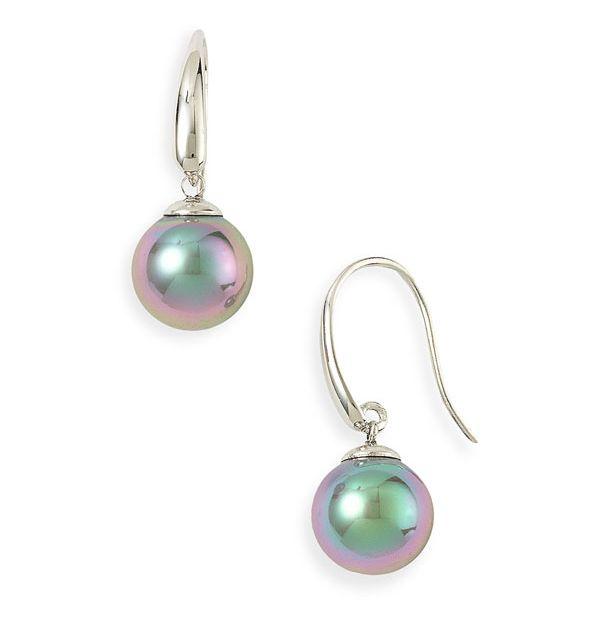 Iridescent Pearls