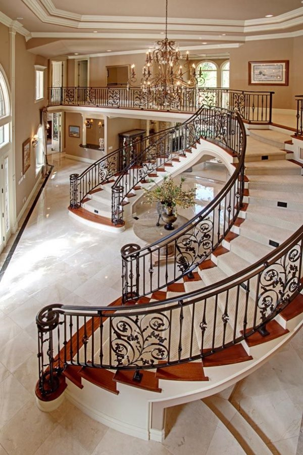 Double escalier 37 crainte inspirants escaliers que vous for Amazing mansions inside
