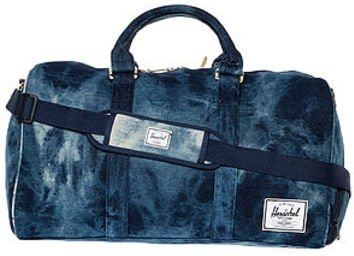 The Novel Duffle Bag in Denim Acid Wash