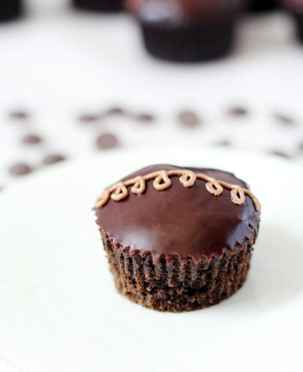 food,dessert,cake,chocolate cake,chocolate,