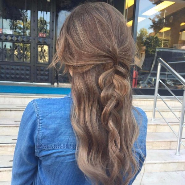 hair,hairstyle,long hair,brown hair,hair coloring,