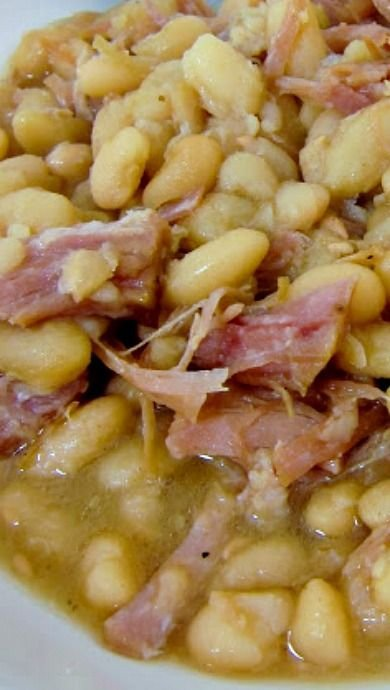 15. Ham and Beans - 28 Bean Recipes to save You Money ... → 🍔…