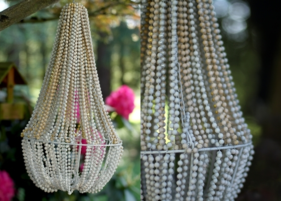 Beaded chandelier 10 insanely cool diy chandeliers for Cool diy chandeliers
