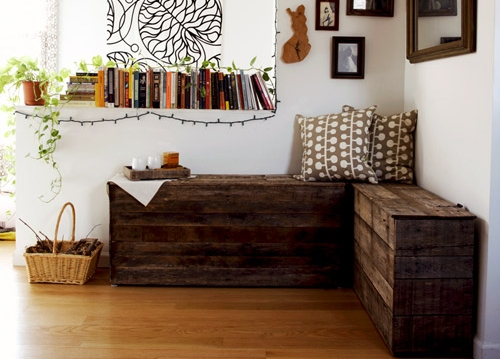 ... featured above, this pallet tutorial is for making boxy type benches