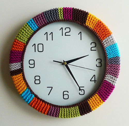 Warm Frame - 15 Chic and Cool DIY Clocks ... Lifestyle
